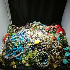 Wholesale jewelry lot wearable jewelry